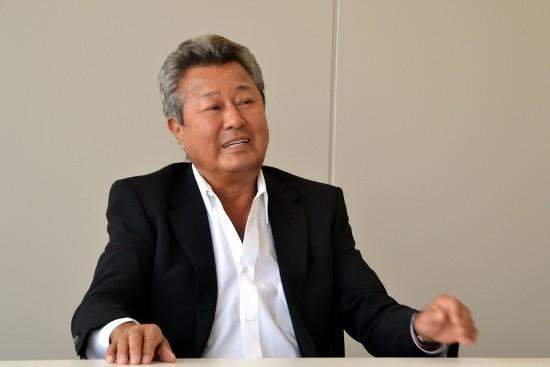 梅宮辰夫が病気で入院。患っている十二指腸がんとは?