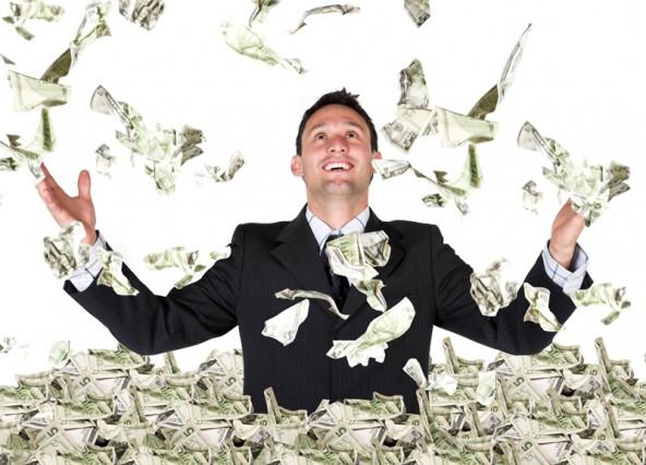 臨床検査技師の月額平均給与はいくら?
